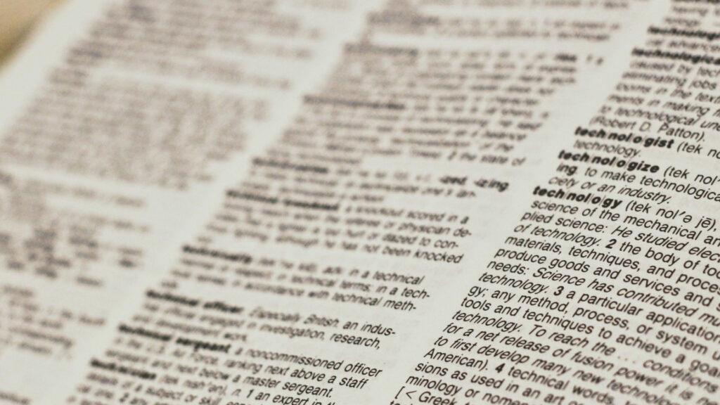Từ vựng và hàng loạt các công thức ngữ pháp ...